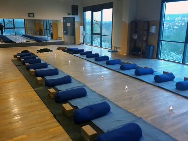 Zen Meditation - Sitzen in Kraft und Stille